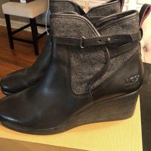 Ugg Emalie Black Boot-Size 9
